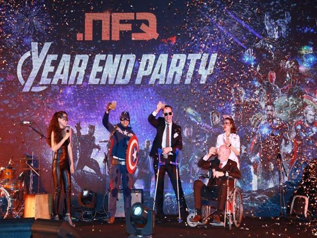 Ý tưởng và chủ đề cho buổi tiệc tất niên
