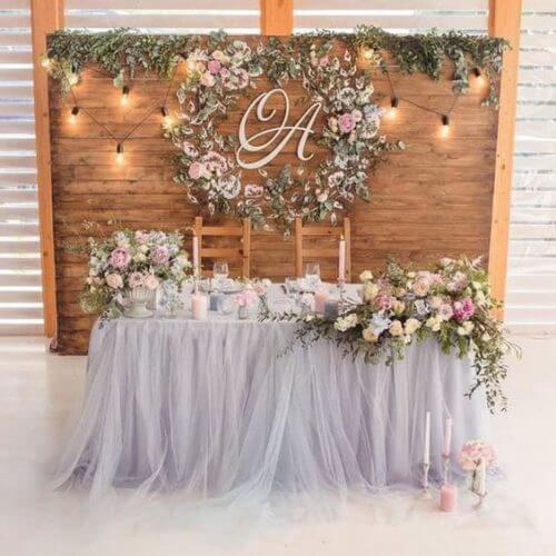 Bàn gallery tiệc cưới sinh động đầy hoa XV744