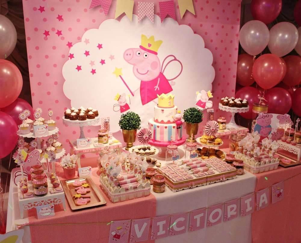 Bàn gallery trang trí sinh nhật chủ đề Peppa Pig