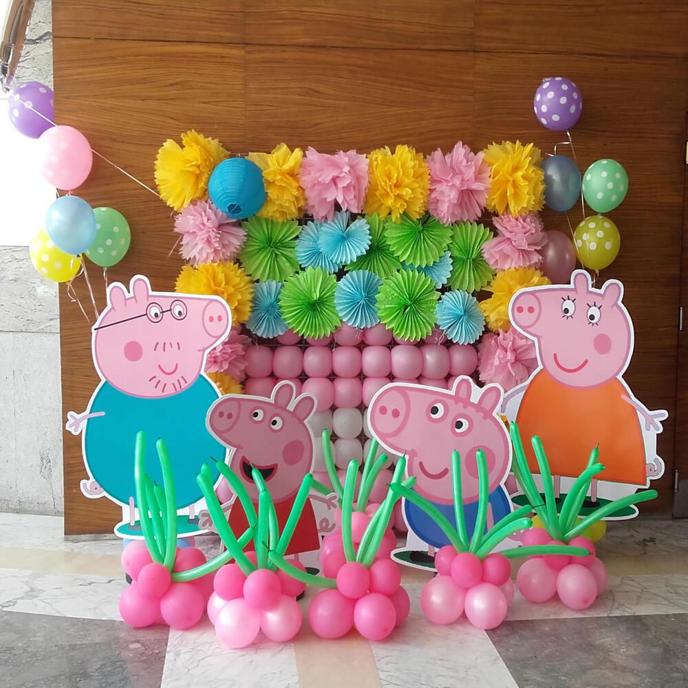 Tiểu cảnh sinh nhật Peppa Pig