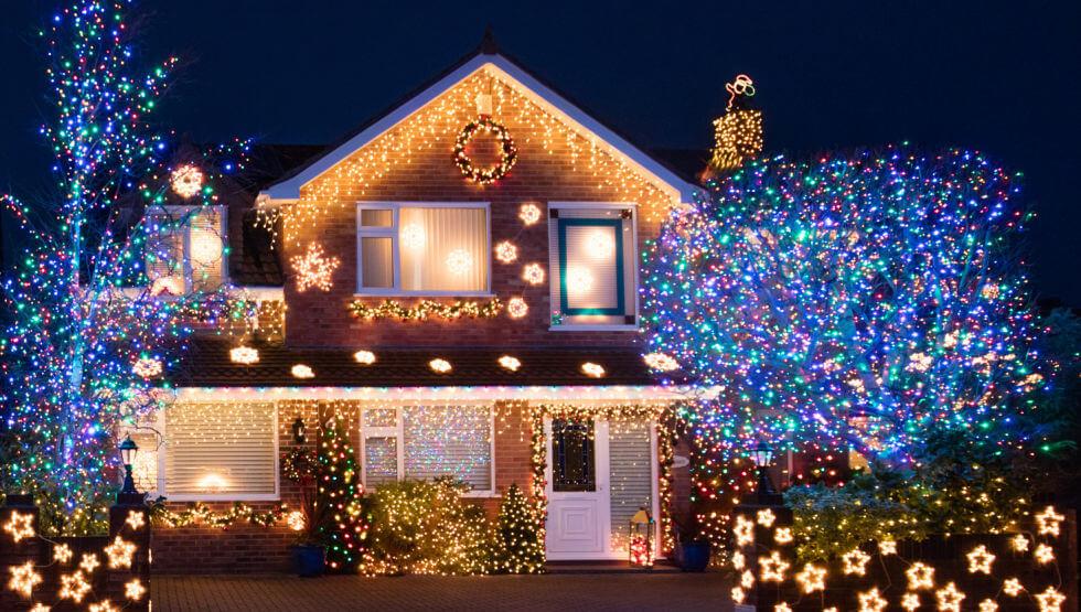 Trang trí đèn chớp - tắt trong nhà ngày Tết